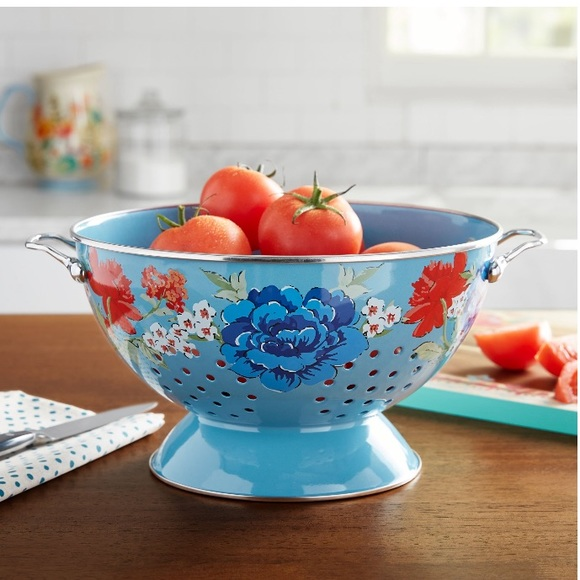 New The Pioneer Woman Classic Charm 5 Qt Colander